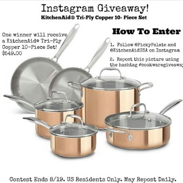 I would do love to win this #cookwaregiveaway @pickypalate @kitchenaidusa