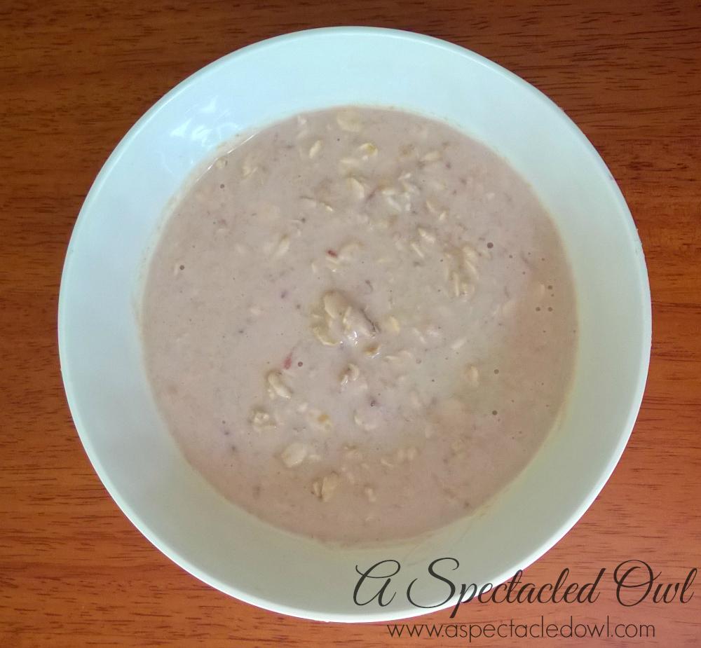 Peanut Butter & Jelly Overnight Oatmeal Recipe #MountainHighYoghurt