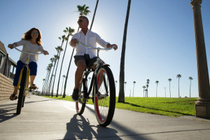 Visit Newport Beach for Fantastic Shopping, Dining & Activities