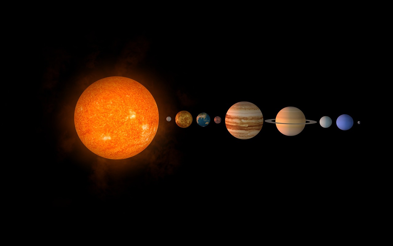 Solar System Facts make Identifying Planets easy for kids in this great tutorial that includes facts, worksheets and activities that your kids will love!