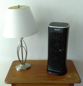 Honeywell Compact AirGenius 4 Air Cleaner/Odor Reducer